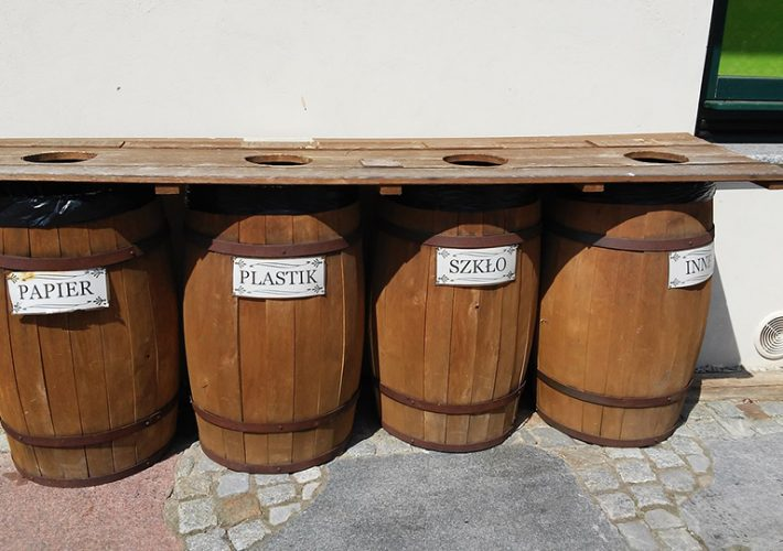 Segregacja śmieci w ogrodzie – jak dbać o czystość i środowisko w domowym zaciszu?