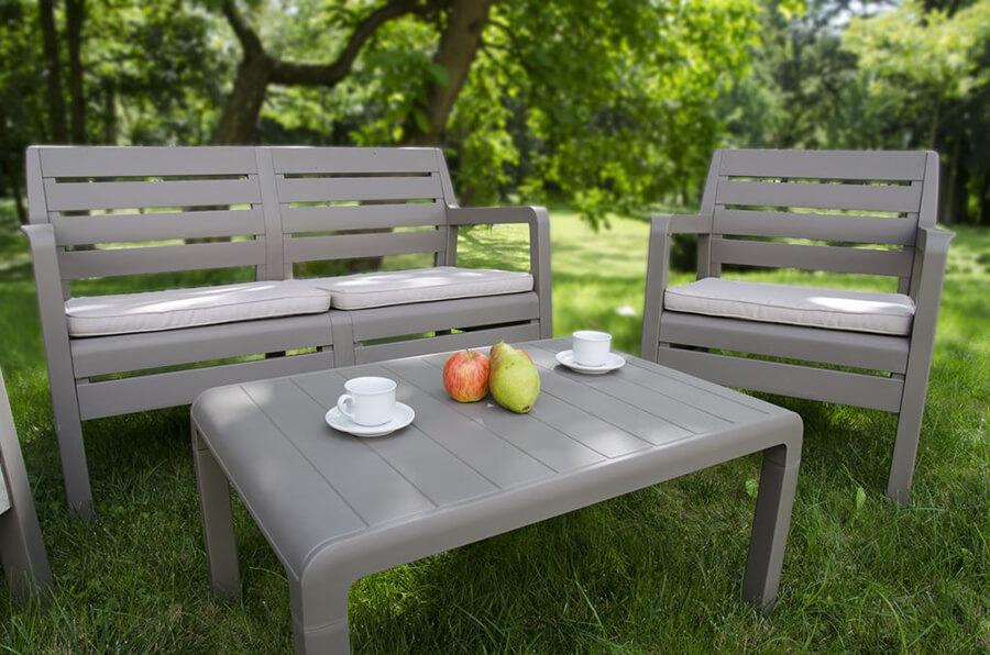 wyposażenie ogrodu na wakacje